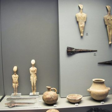 The-Archaeologica-Museum-Amorgos-Idols